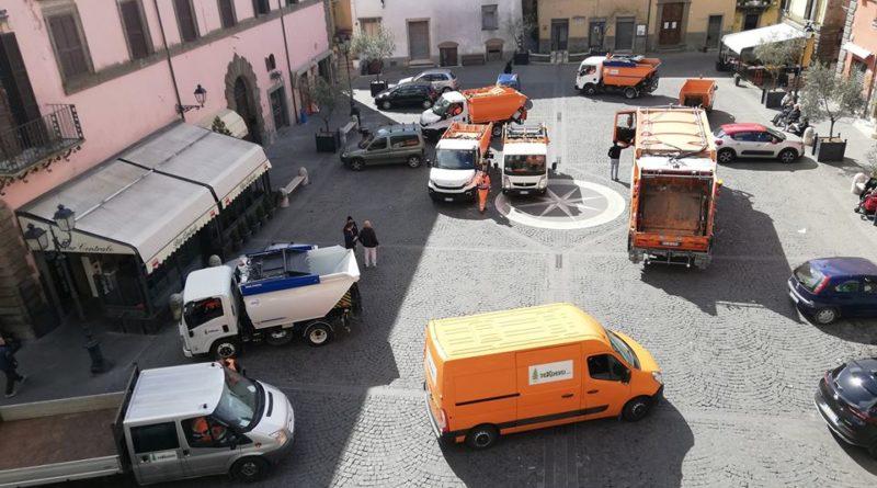 nepi-raccolta-differenziata-operai-nepesini