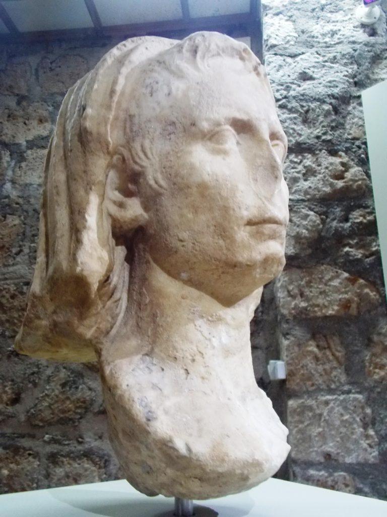Augusto capite velato
